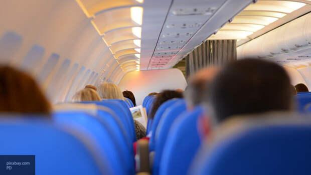 МО США сообщило про низкую вероятность заразиться коронавирусом в самолете