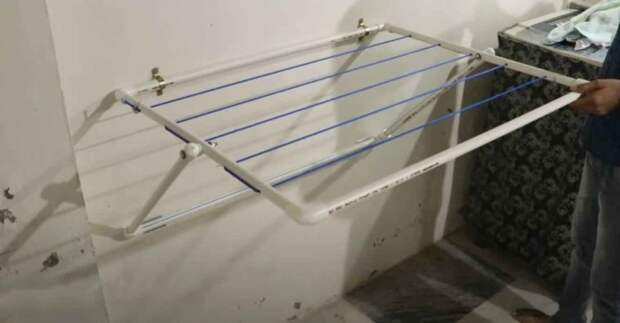 Самоделка из пластиковых труб: настенная сушилка для одежды