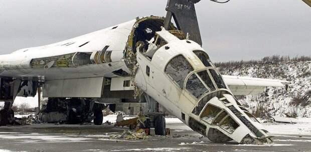 Полёт над остатками авиационной базы Прилуки