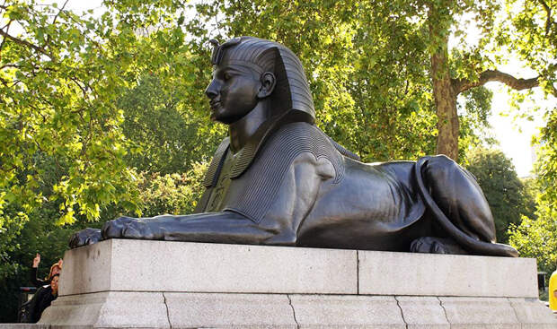 Сфинкс в Лондоне