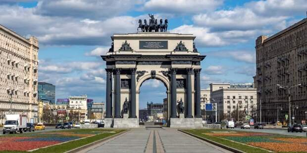 Сергунина рассказала о предстоящей реставрации памятников участникам войны 1812 года. Фото: Пресс-служба Департамента культурного наследия города Москвы