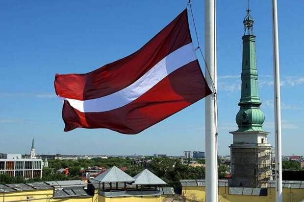 Рига бросила вызов Западу: Латвия пошла по пути России против Европы