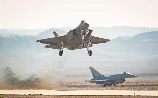 Множество убитых ираненых: Израиль атаковалсектор Газа (ВИДЕО 18+)