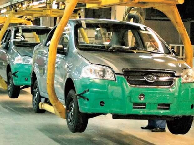 Производство автомобилей на Украине сократилось почти вдвое