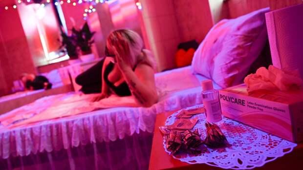 Ночные жрицы с Украины: как устроен интим-рынок в Крыму и Севастополе