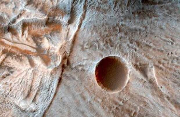 Уфологи продолжают поиски инопланетян на Марсе