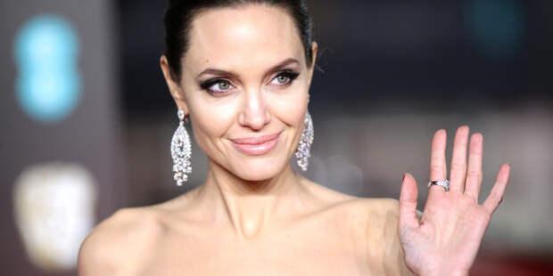 Анджелина Джоли рассказала, почему в ее жизни нет мужчин