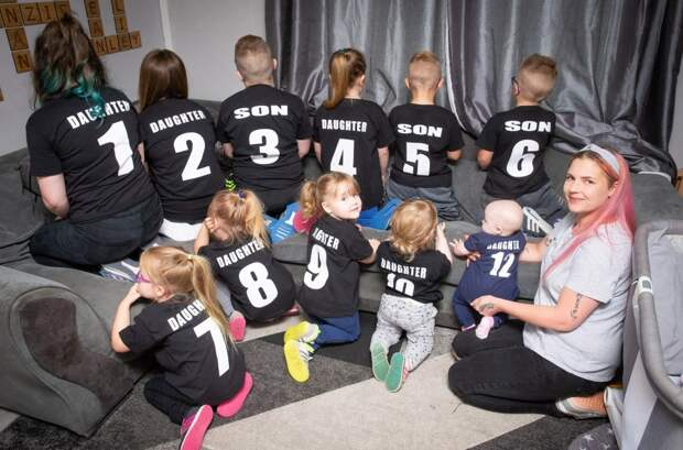 Семейная футбольная команда: супруги воспитывают 11 детей идали имномера, чтобы незапутаться