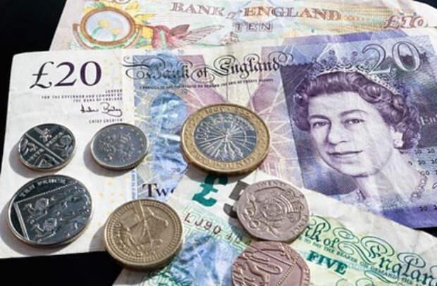 Зарплаты в Великобритании побили рекорд