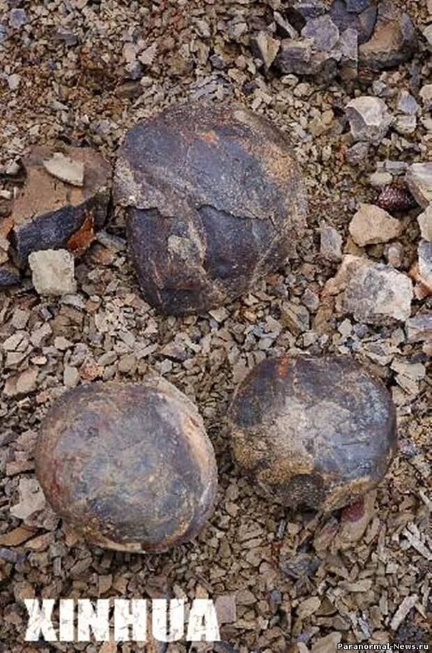 """Каменные """"яйца"""" из китайской провинции Хэбэй"""