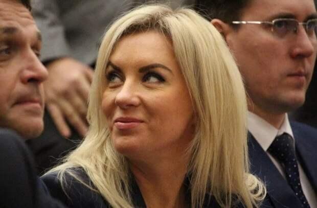 Саратовскую чиновницу оправдали по делу о взятках на 17 миллионов рублей