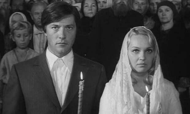 Открытая книга резидента: Культовые советские сериалы, которые не грех пересмотреть