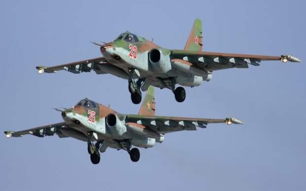 Около 10 новейших самолетов Су-25СМ3 поступили на авиабазу в ЮВО
