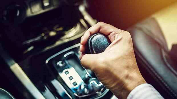 На автомате: какие ошибки водителей быстро выводят из строя АККП