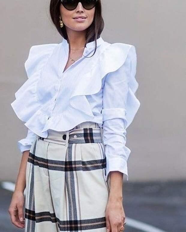 20 офисных блузок с интересной идеей