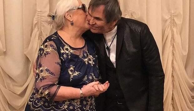 Регистрацию брака Федосеевой-Шукшиной и Алибасова подтвердила помощница продюсера