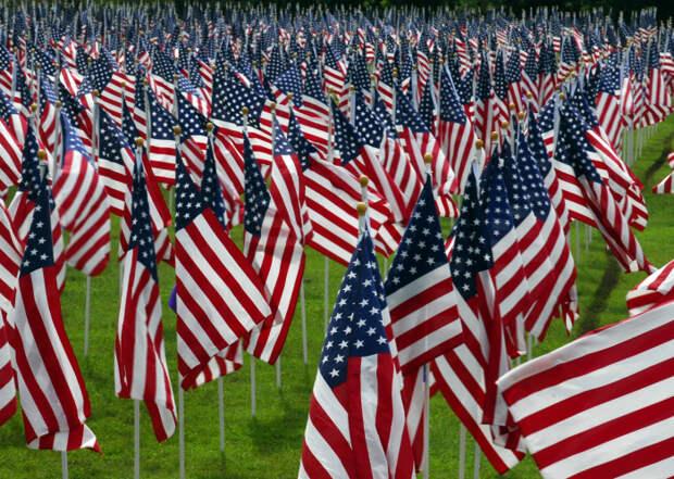 Любовь к флагам. | Фото: Peakpx.