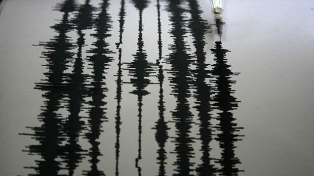 Не менее трех человек погибли после серии землетрясений в Китае