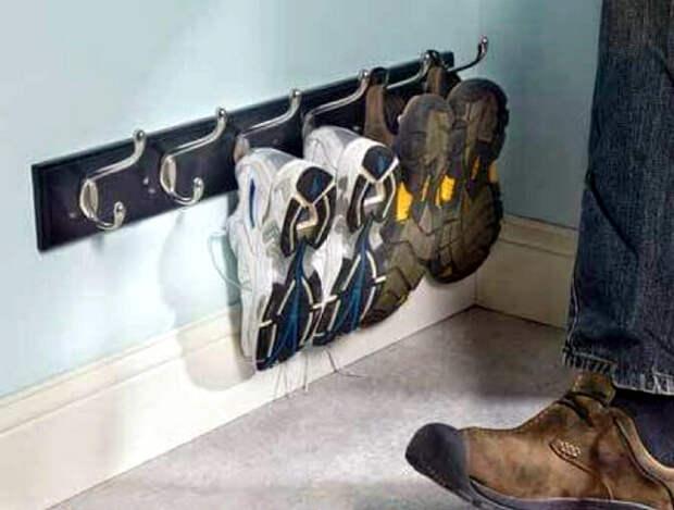 Вешалка для кроссовок.