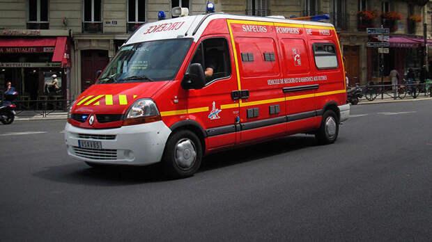 Двое французов закачали себе крем в фаллосы и попали в больницу
