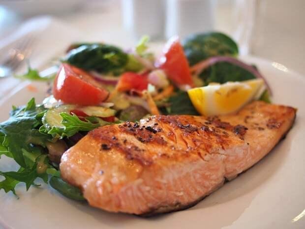 Что делать, если пересолила суп, мясо, рыбу и картошку и плов: пошаговая инструкция
