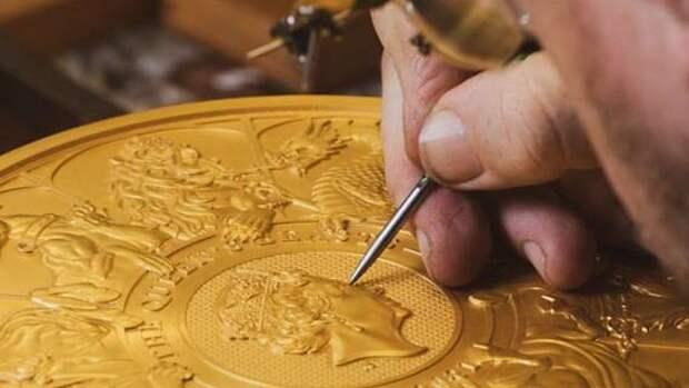 В Британии отчеканили 10-килограммовую монету
