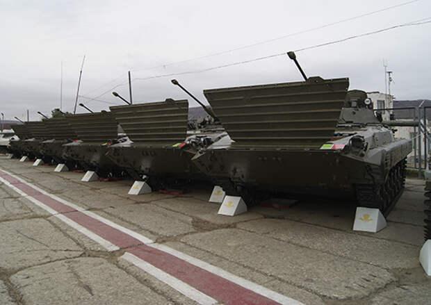 В Уссурийском десантно-штурмовом соединении проходит сезонное обслуживание и перевод вооружения и техники на летний режим эксплуатации