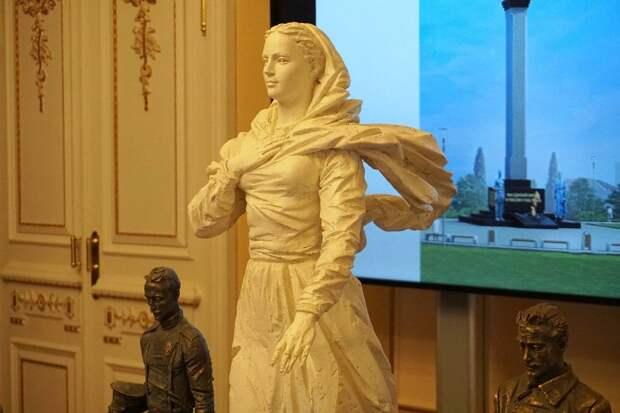 Вечный огонь зажгут у памятника примирению белых и красных в Севастополе