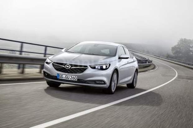 Opel Insignia Grand Sport дебютировал в интернете
