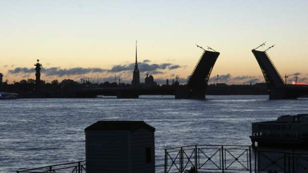 Представители туристической отрасли Петербурга заявили о начале сезона