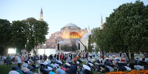 Превращение Собора Святой Софии в мечеть – лишь эпизод в глобальном переделе американского наследия