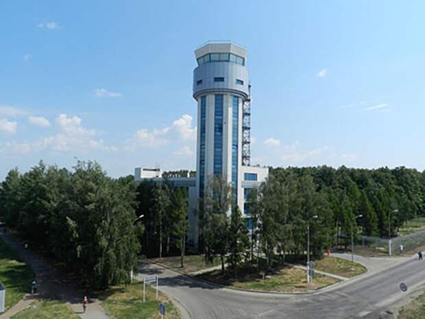 К Универсиаде в Казани тоже построили башню и установили новую систему управления воздушным движением