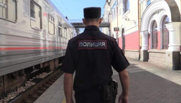 Пьяных пассажиров сняли с поездов в Карелии