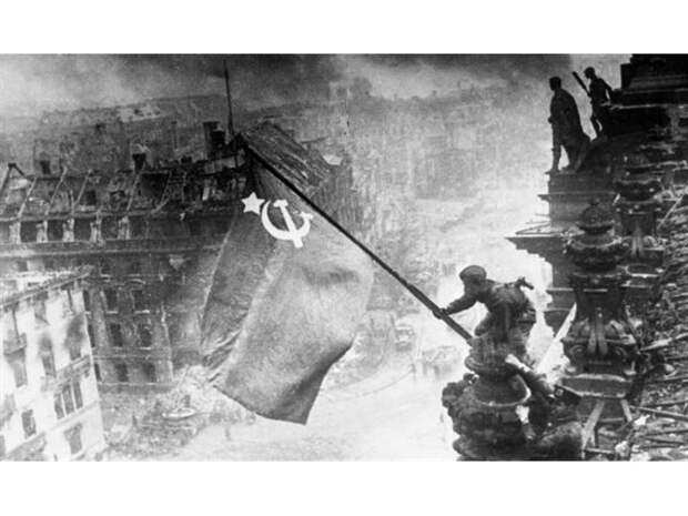 Как Пентагон приукрасил роль США во Второй мировой