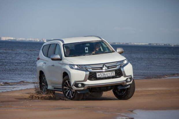 Новый Mitsubishi Pajero Sport идет по алмазам