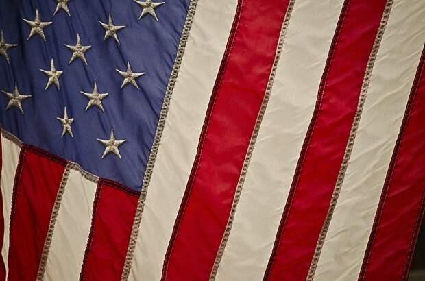 «Не валяй бюллетень, Америка»: эксперт развенчал мифы о выборах в США