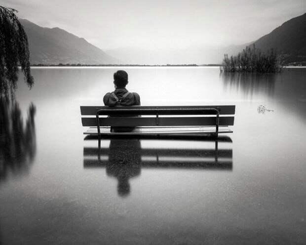 Многие считают важным в жизни найти человека, но только единицы знают, что важнее найти себя.