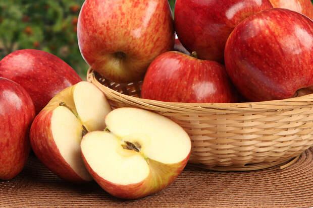 Эксперты развенчали популярные мифы о яблоках