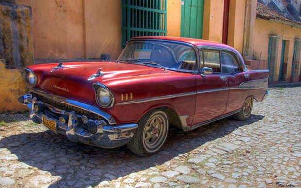 Русская угроза: Lada вытесняет американские ретроавтомобили на Кубе