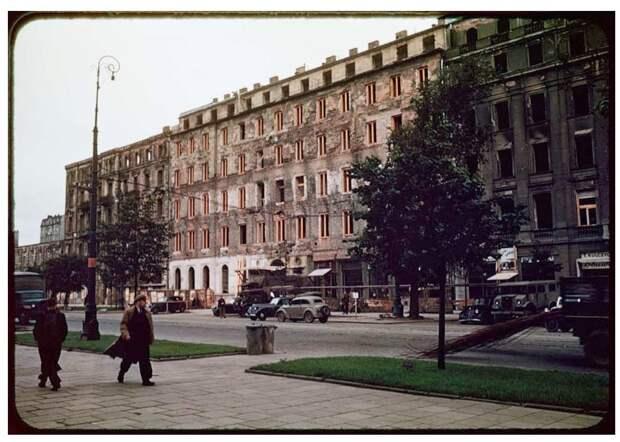Warsaw after World War II, in August 1947 (28)