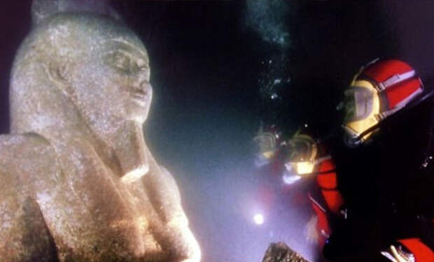 Египетская Атлантида: дайверы нашли затерянный город, ушедший под воду тысячи лет назад