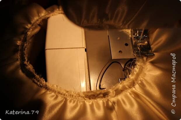 Декор предметов Мастер-класс Поделка изделие Свадьба Моделирование конструирование Шитьё Бутылочки жених и невеста как я делаю пушистую юбку для невесты  Бусины Бутылки стеклянные Ткань фото 10