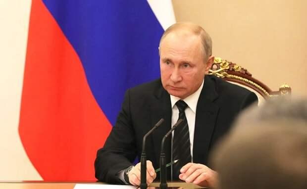 Путин назвал рост ставок по ипотеке временным явлением