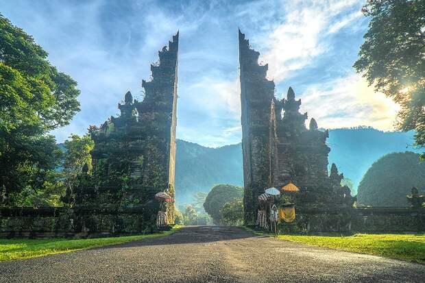 ВИндонезии назвали предполагаемые сроки открытия Бали для туристов
