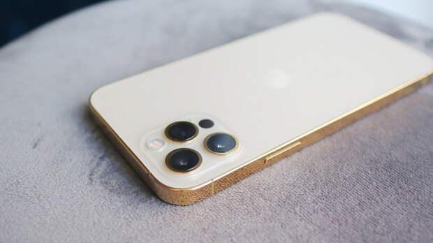 Огромный спрос на iPhone 12 озолотил Foxconn