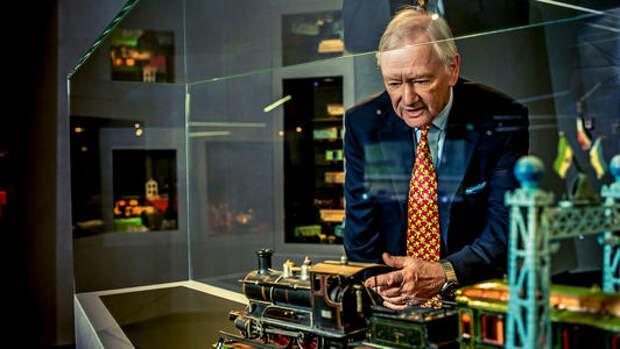 Внук Фердинанда Порше показал свою коллекцию игрушек