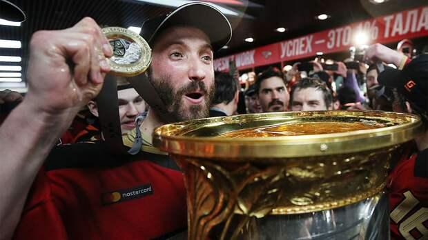 «Грубец — вратарь уровня НХЛ». Где продолжит карьеру вратарь-триумфатор Кубка Гагарина?