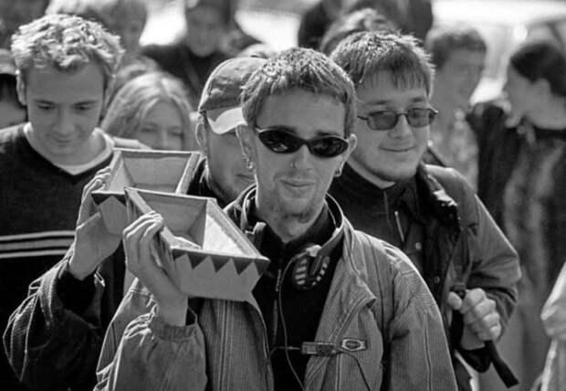 7 атмосферных фото из 90-х, на которых показано настоящее веселье