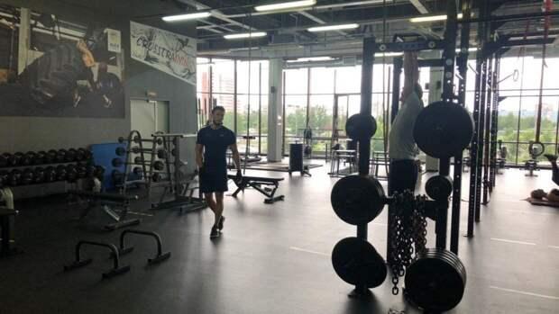 Названы популярные причины отказа россиян от фитнеса
