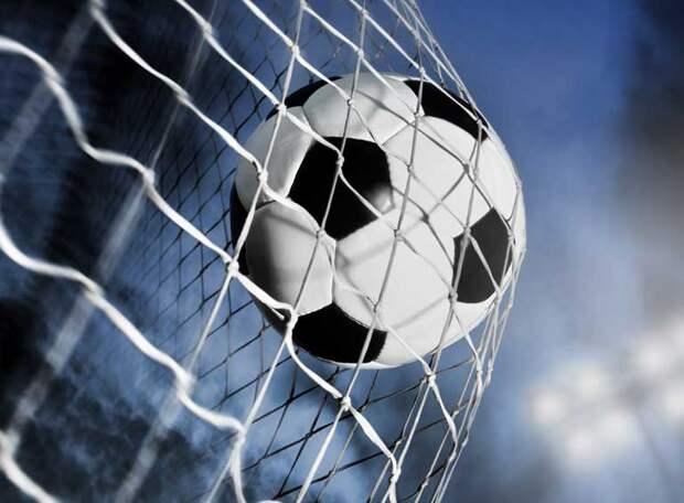 Два клуба из Питера сыграли в ФНЛ-2 - один гол и одно очко